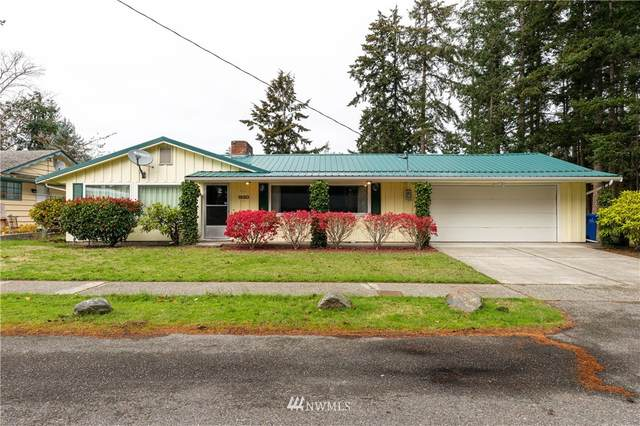 1880 NE 10th Avenue, Oak Harbor, WA 98277 (#1683305) :: Becky Barrick & Associates, Keller Williams Realty