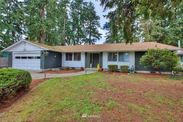 28215 29th Avenue S, Federal Way, WA 98003 (#1683428) :: Mike & Sandi Nelson Real Estate