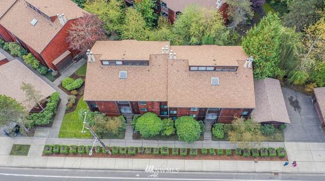 8931 Ravenna Avenue NE, Seattle, WA 98115 (#1683520) :: The Torset Group