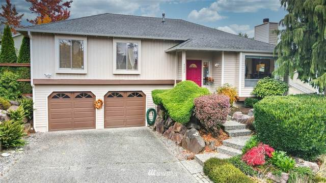 4202 NE 1st Place, Renton, WA 98059 (#1684016) :: Lucas Pinto Real Estate Group
