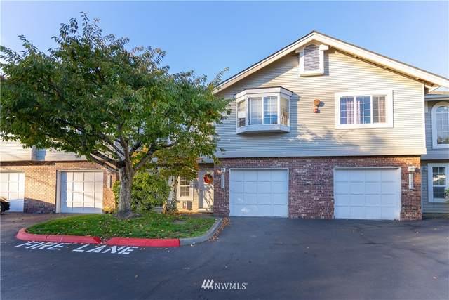 26263 114th Lane SE, Kent, WA 98030 (#1684199) :: Mike & Sandi Nelson Real Estate