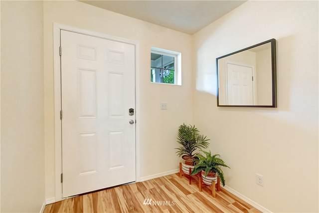 11044 Paine Field Way, Everett, WA 98204 (#1684248) :: Pickett Street Properties