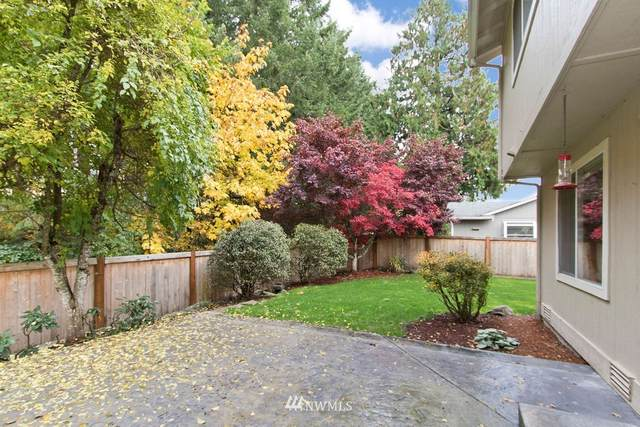 25416 Cumberland Way, Black Diamond, WA 98010 (#1685458) :: Engel & Völkers Federal Way