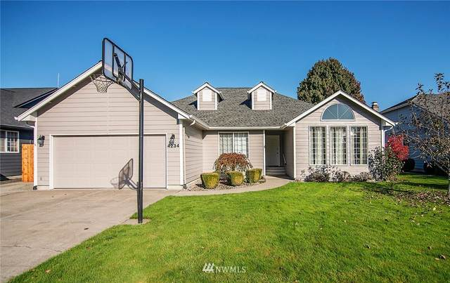4234 Olympia Way, Longview, WA 98632 (#1685590) :: Pacific Partners @ Greene Realty