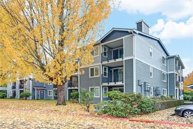 250 NW Dogwood Street E-201, Issaquah, WA 98027 (#1685771) :: M4 Real Estate Group
