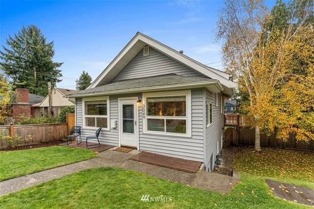 3049 46th Avenue SW, Seattle, WA 98116 (#1685965) :: The Shiflett Group