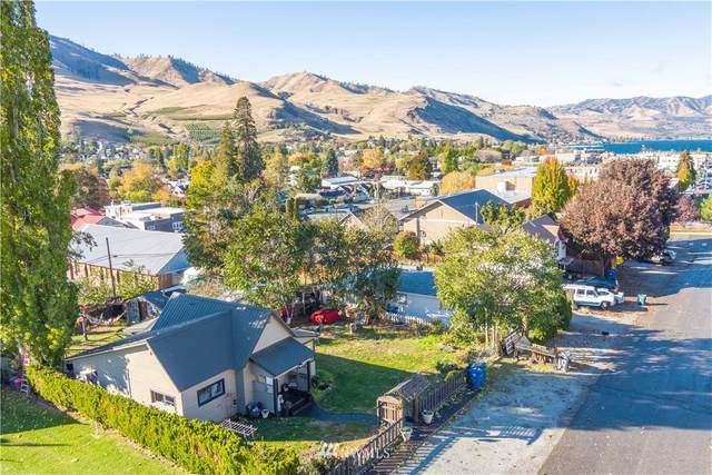 522 E Johnson Avenue, Chelan, WA 98816 (#1686458) :: Ben Kinney Real Estate Team