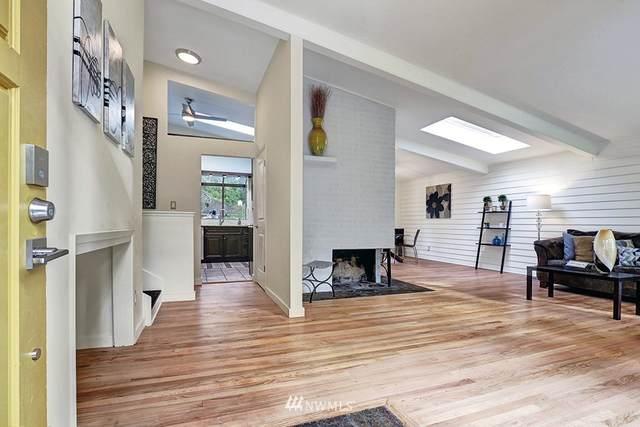 19813 88th Avenue W, Edmonds, WA 98026 (#1686553) :: Lucas Pinto Real Estate Group