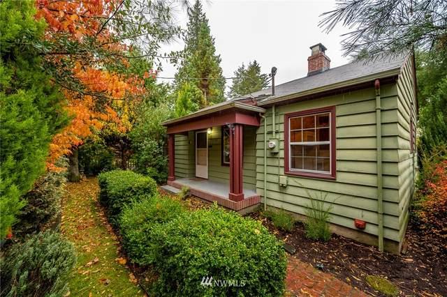 11044 Goodwin Way NE, Seattle, WA 98125 (#1686607) :: M4 Real Estate Group