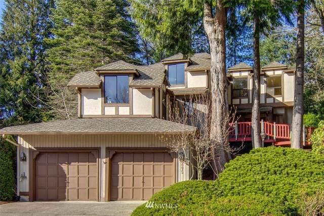 5275 Highland Drive, Bellevue, WA 98006 (#1686782) :: TRI STAR Team | RE/MAX NW