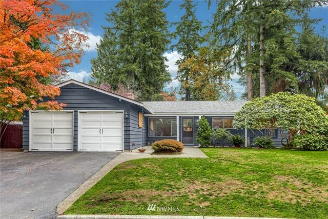 2736 165th Avenue NE, Bellevue, WA 98008 (#1686886) :: Priority One Realty Inc.
