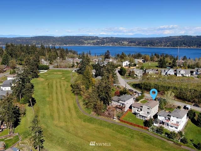 4866 Spinnaker Drive, Freeland, WA 98249 (#1687418) :: Ben Kinney Real Estate Team