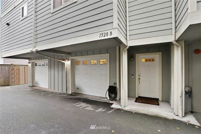 1528 Sturgus Avenue S B, Seattle, WA 98144 (#1687676) :: The Shiflett Group