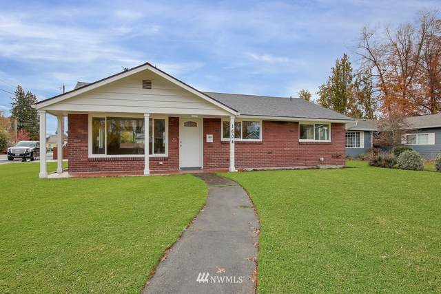 1604 W Pioneer Avenue, Puyallup, WA 98371 (#1687904) :: The Robinett Group