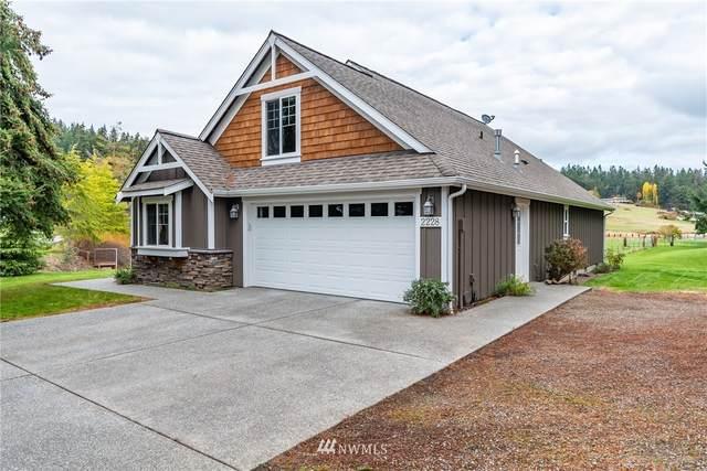 2228 Mariner Beach Drive, Oak Harbor, WA 98277 (#1688598) :: Hauer Home Team