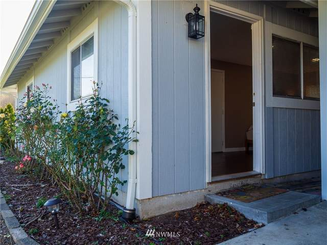 4956 NE Cedar Lane, Hansville, WA 98340 (#1688889) :: Engel & Völkers Federal Way