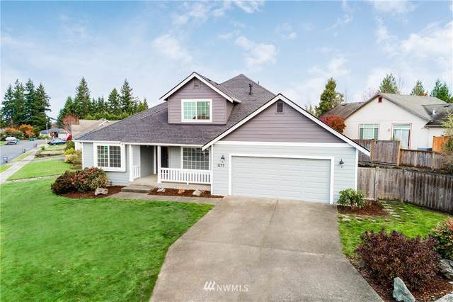 3249 Lois Lane, Enumclaw, WA 98022 (#1689247) :: Hauer Home Team