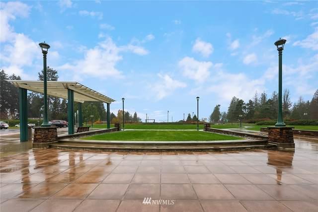 1312 Evergreen Point Road, Medina, WA 98039 (#1689352) :: Ben Kinney Real Estate Team