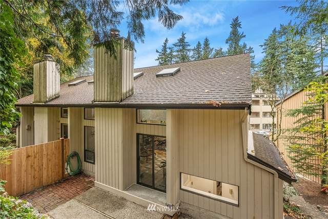 10846 NE 37th Place #1, Bellevue, WA 98004 (#1689403) :: Icon Real Estate Group
