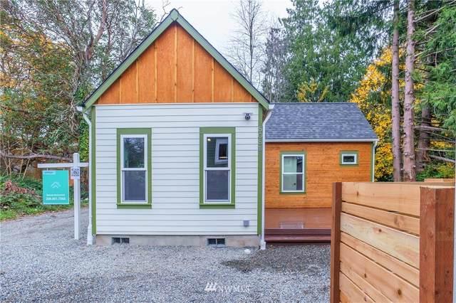 808 SW Henderson Street B, Seattle, WA 98106 (#1689484) :: M4 Real Estate Group