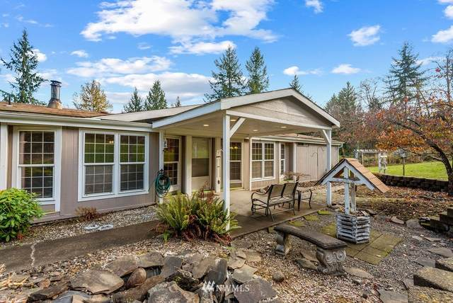 141 Dublin Drive, Castle Rock, WA 98611 (#1689729) :: The Robinett Group