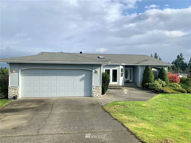 6755 Viewmont Dr. Clinton, Clinton, WA 98236 (#1689885) :: The Robinett Group