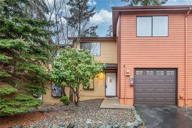 690 NW Atalanta Way B8, Oak Harbor, WA 98277 (#1689990) :: Lucas Pinto Real Estate Group