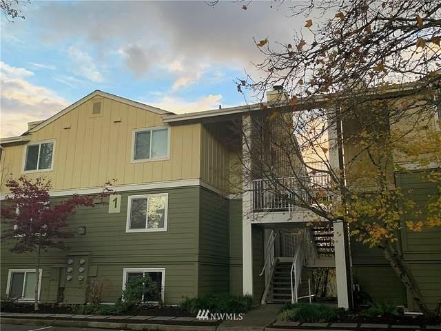300 N 130th St 1-103, Seattle, WA 98133 (#1690703) :: Hauer Home Team