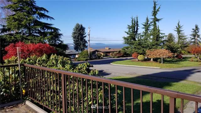 856 Olympic Blvd, Everett, WA 98203 (#1690991) :: Pacific Partners @ Greene Realty