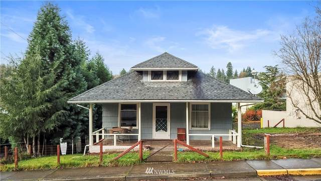215 SE First Street, Winlock, WA 98596 (#1691138) :: Beach & Blvd Real Estate Group