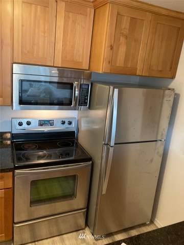 5824 NE 75th Street D 206, Seattle, WA 98115 (#1691337) :: Hauer Home Team