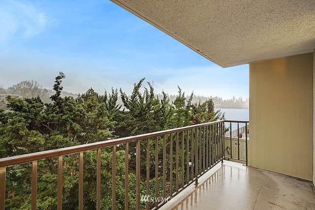 4561 Lake Washington Boulevard NE #202, Kirkland, WA 98033 (#1691399) :: Front Street Realty