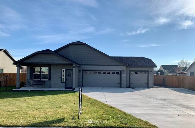 3165 W Peninsula Drive, Moses Lake, WA 98837 (#1691707) :: NextHome South Sound