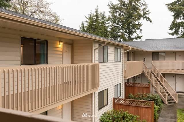 325 NE Kettle Street #205, Oak Harbor, WA 98277 (#1692176) :: NW Home Experts