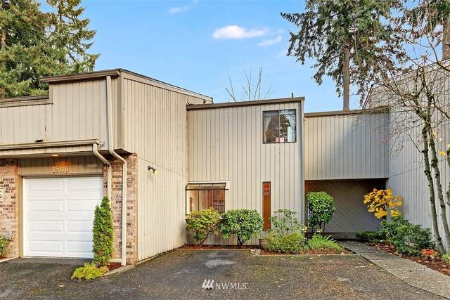 19106 Ballinger Way NE #110, Lake Forest Park, WA 98155 (#1692186) :: McAuley Homes
