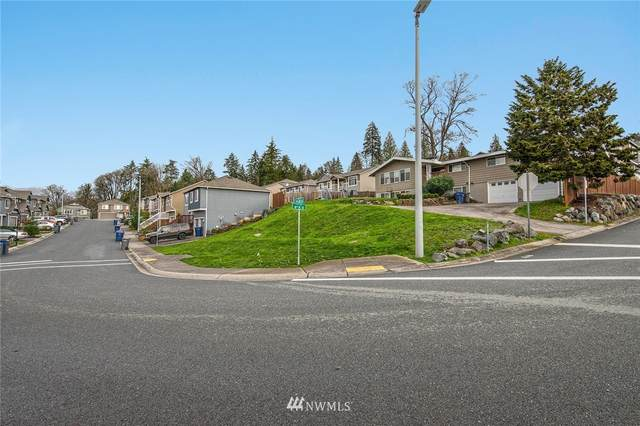 1729 71st Avenue SE, Lake Stevens, WA 98258 (#1692309) :: Ben Kinney Real Estate Team