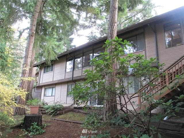 15612 SE 42nd Court, Bellevue, WA 98006 (#1692571) :: Costello Team