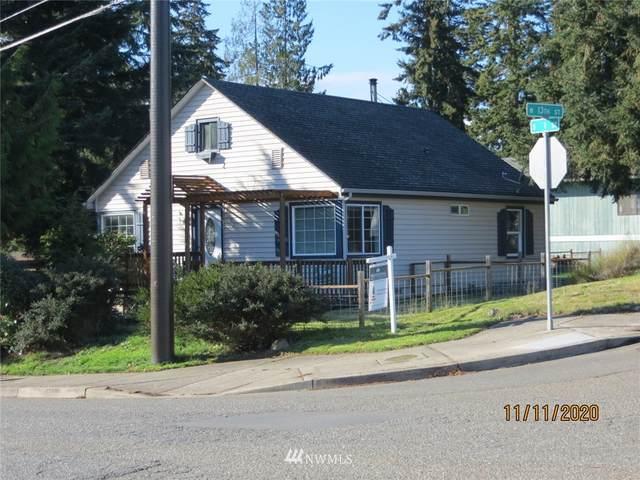 1302 S I Street, Port Angeles, WA 98363 (#1692614) :: Lucas Pinto Real Estate Group