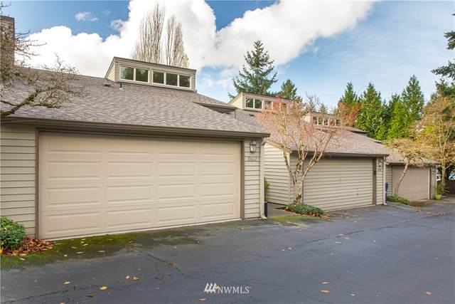 10012 NE 115th Lane C2, Kirkland, WA 98033 (#1692667) :: The Royston Team