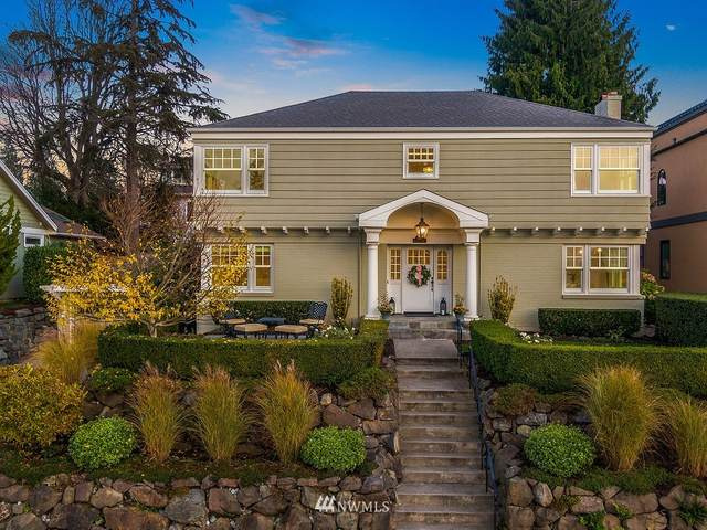 3216 42nd Avenue W, Seattle, WA 98199 (#1692687) :: TRI STAR Team | RE/MAX NW