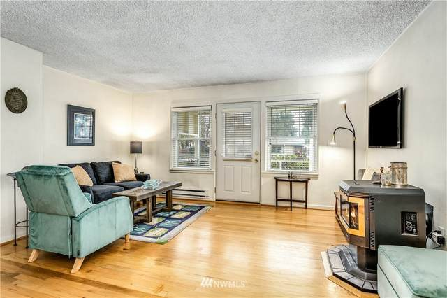 2214 NE 9th Place, Renton, WA 98056 (#1692820) :: Icon Real Estate Group