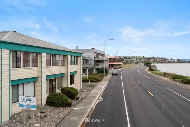 840 SE Bayshore Drive, Oak Harbor, WA 98277 (#1692892) :: NW Home Experts
