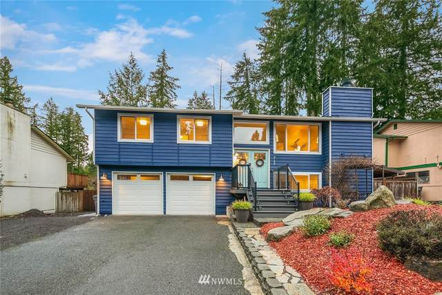 717 216th Avenue NE, Sammamish, WA 98074 (#1693086) :: Keller Williams Western Realty