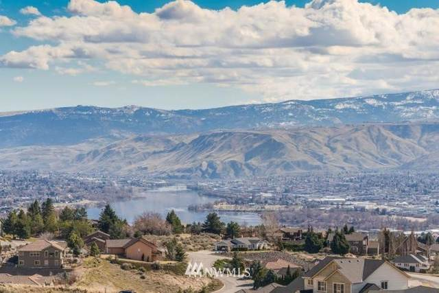 302 Burch Hollow Ln, Wenatchee, WA 98801 (#1693154) :: Priority One Realty Inc.