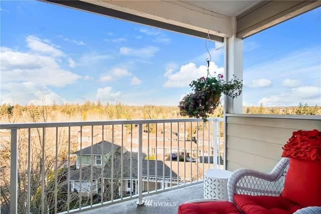 22535 SE Highland Circle #401, Issaquah, WA 98029 (#1693207) :: McAuley Homes
