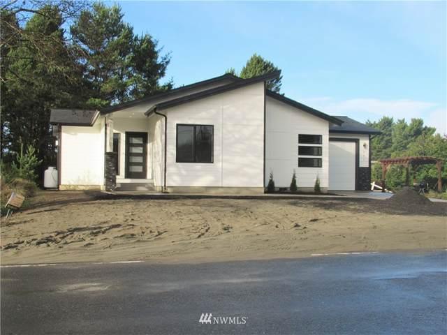 1084 Ocean Shores Boulevard SW, Ocean Shores, WA 98569 (#1693515) :: Lucas Pinto Real Estate Group