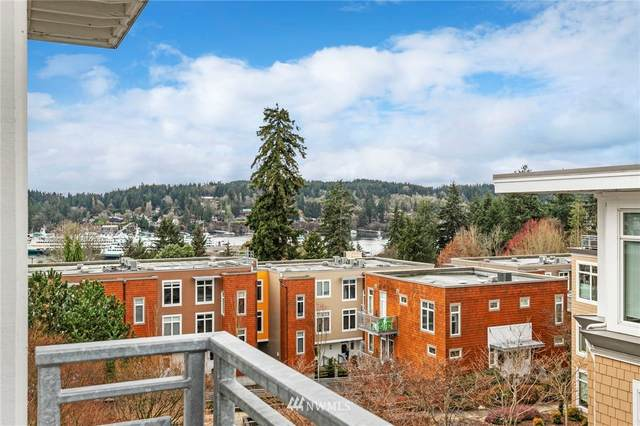 190 Harbor Square Loop NE C-429, Bainbridge Island, WA 98110 (#1693550) :: Ben Kinney Real Estate Team
