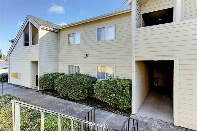 1111 S Villard Street C-14, Tacoma, WA 98465 (#1693608) :: Keller Williams Realty