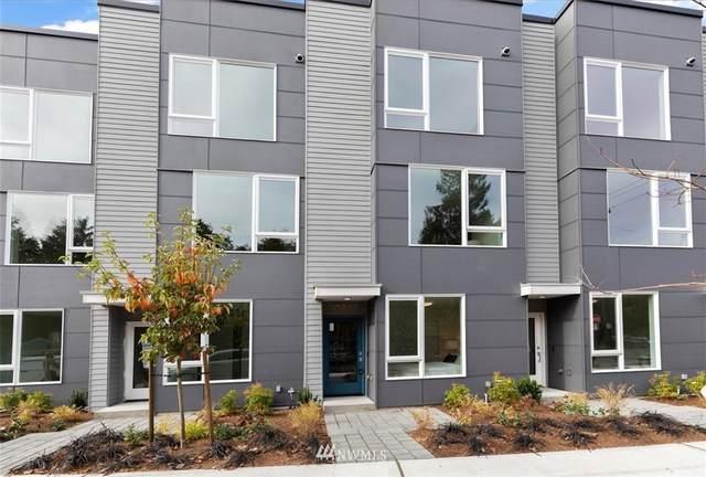 10845 11th Avenue NE, Seattle, WA 98125 (#1693755) :: Pacific Partners @ Greene Realty