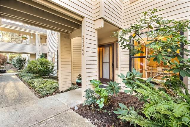 22244 SE 42nd Lane #1058, Issaquah, WA 98029 (#1694428) :: Tribeca NW Real Estate